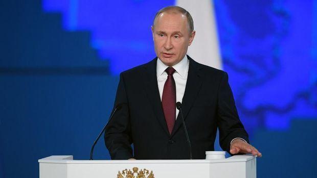 Putin ölən qardaşı barədə danışdı