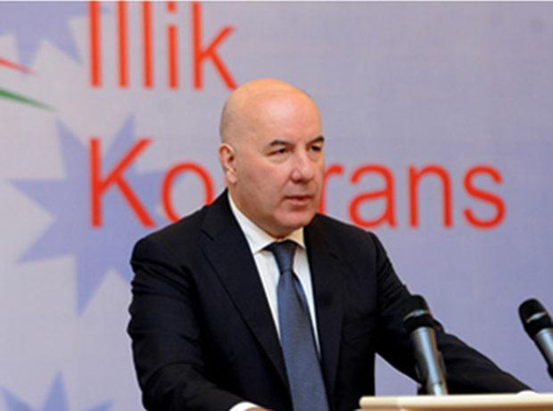 Elman Rüstəmov Mərkəzi Bankın yeni binasından danışdı
