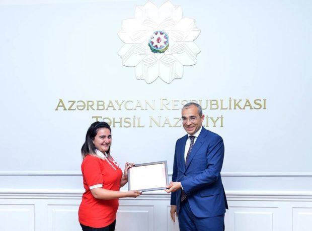 """Gülrux Əliyeva : """"Biz fəaliyyətə başlayarkən çox təsirlərə məruz qalmışdıq"""" –MÜSAHİBƏ"""