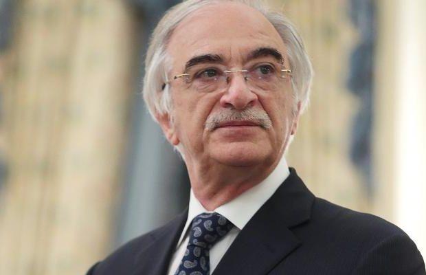 Polad Bülbüloğluna ağır itki üz verib
