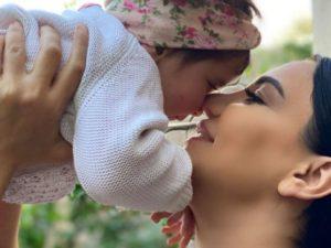 Əməkdar artist övladlığa götürdüyü qızının yeni görüntülərini yaydı – FOTO