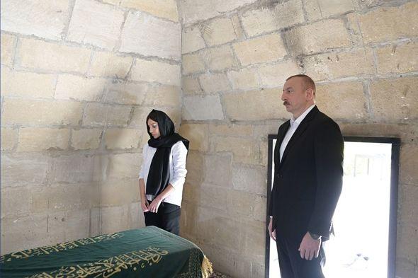 İlham Əliyev və Mehriban Əliyeva Pirsaat Baba ziyarətgahında