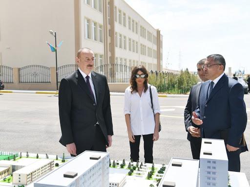 """İlham Əliyev və Mehriban Əliyeva """"Qobu Park-3"""" yaşayış kompleksinin açılışında"""