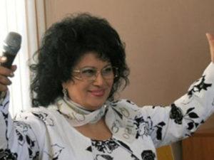 Zeynəb Xanlarova ölüm xəbərini yazanlara səsləndi