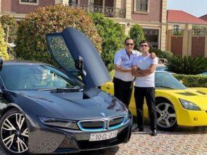 Manaf Ağayev oğluna aldığı lüks avtomobildən danışdı