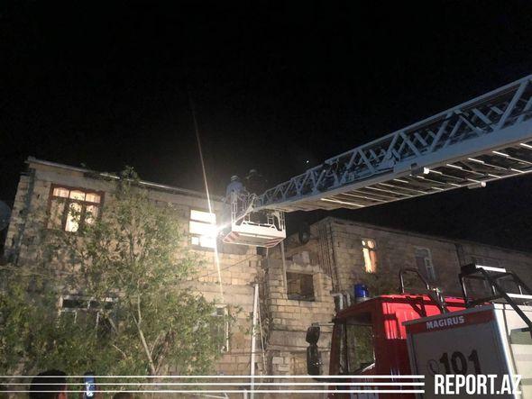 Son dəqiqə: Sumqayıtda binada uçqun olub, dağıntılar altında qalanlar var – FOTO