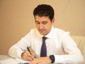 Deputat Naqif Həmzəyev seçiciləri qəbul etdi – FOTO