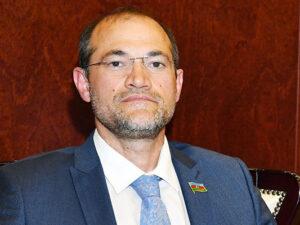 Razi Nurullayev AXCP-nin adını dəyişdi