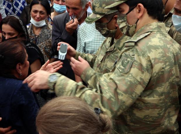 Prezident şəhid general və polkovnikin ailəsinə zəng etdi – Fotolar