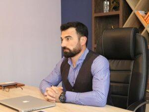 Azərbaycan yazıçısı ABŞ-da beynəlxalq müsabiqənin qalibi oldu – FOTO