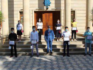 Milli Məclisin deputatı yüksək bal toplayan gənclərlə görüşüb