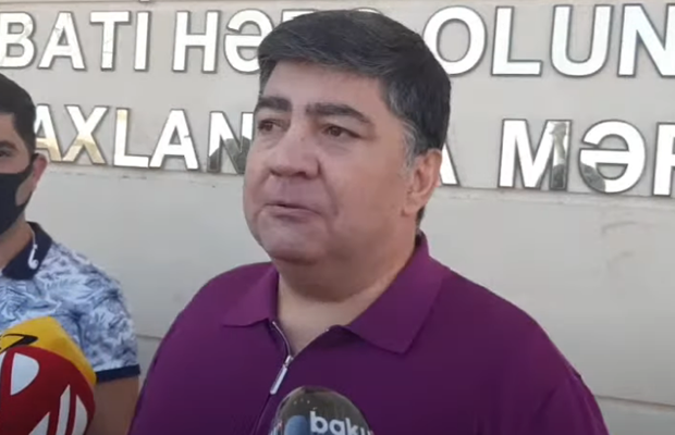 Ramiz Mehdiyevin kürəkəni ağlayıb üzr istədi – Video