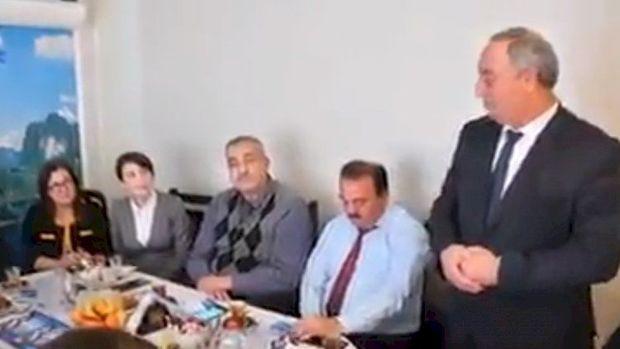 """Deputatın görüntüsü tənqid olundu: """"Salyana Allah tərəfindən göndərilən elçisiniz"""""""