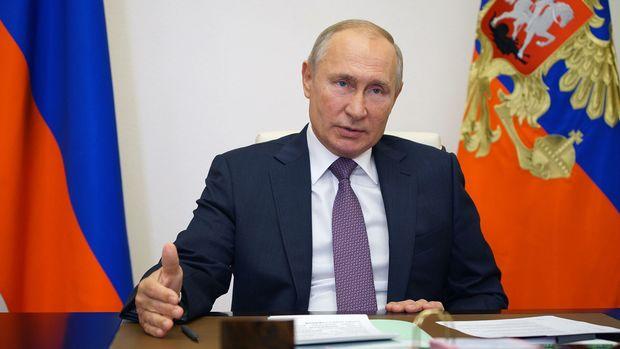 """Vladimir Putin: """"Döyüşlər Ermənistan ərazisində getmir"""""""