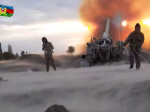 Nazirlik artilleriya atışlarının görüntülərini yaydı – VİDEO