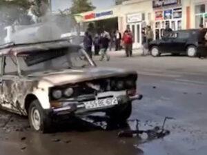 Bərdə şəhərinə raket hücumu: Ölənlər var