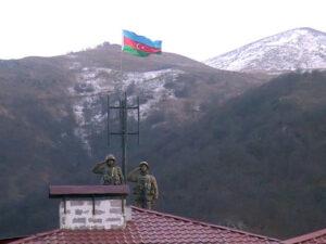 İşğaldan azad olunan Kəlbəcər şəhərində Azərbaycan bayrağı qaldırıldı – VİDEO