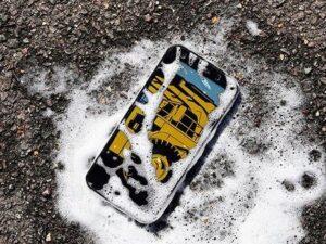 Dünyanın ilk antibakterial smartfonu hazırlandı
