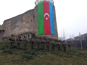 Azərbaycan ordusu Vətən Müharibəsi şəhidlərini andı – FOTO/VİDEO