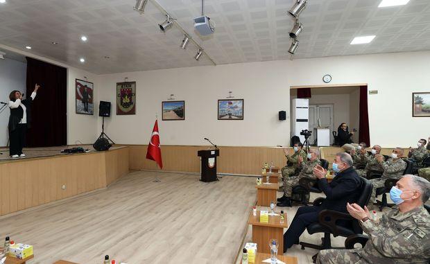 Azərini Hulusi Akarın dəvəti ilə Bakıya gəldi – FOTO