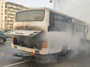 Abşeronda sərnişin avtobusu yandı