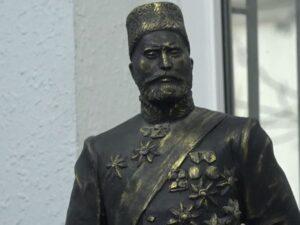 Hacı Zeynalabdin Tağıyevin heykəli hazırdır
