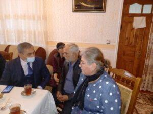 Millət vəkili İlham Məmmədov şəhid ailələrini ziyarət edib