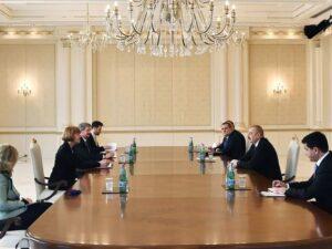 İlham Əliyev britaniyalı naziri qəbul etdi