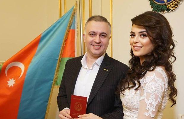 Məşhur klarnet ifaçısı aktrisa ilə evləndi – FOTO