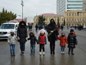 """""""BUTA"""" körpələr evi kollektivi """"Ana Harayı"""" abidəsini ziyarət edib"""