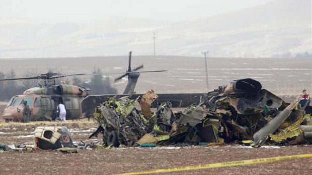Türkiyədə hərbi helikopter qəzaya uğradı: doqquz ölü, dörd yaralı