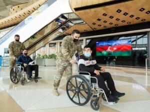 """""""YAŞAT"""" daha 13 qazimizi Türkiyəyə göndərdi – FOTO"""