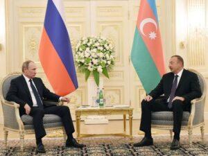 İlham Əliyev Vladimir Putinlə Qarabağ məsələsini müzakirə edib