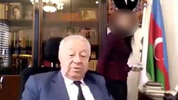 Sabiq deputat Hüseynbala Mirələmovun əxlaqsızlığı – VİDEO
