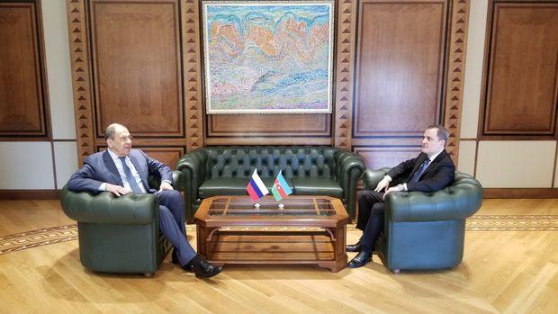 Ceyhun Bayramovla Sergey Lavrov arasında görüş keçirilir
