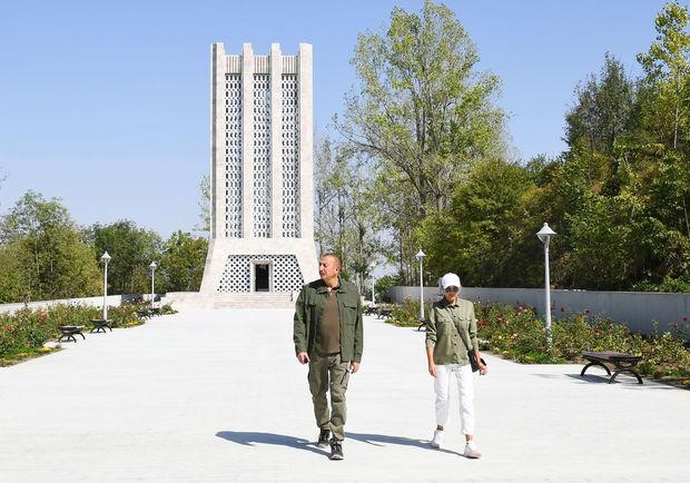 İlham Əliyev və Mehriban Əliyeva Şuşada Vaqif Poeziya Günlərinin açılışında