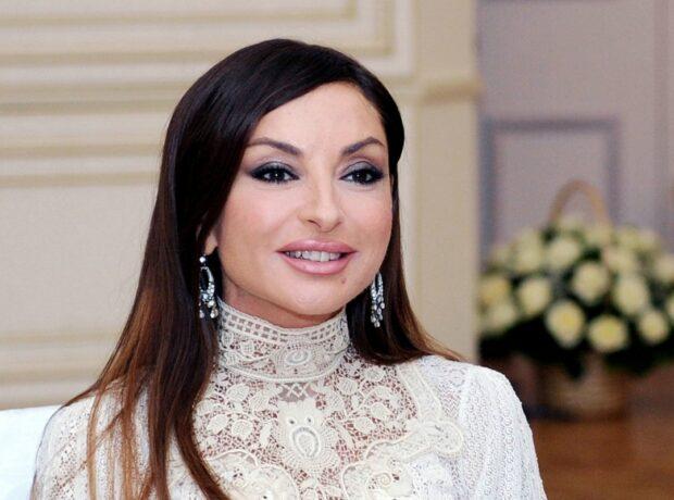 Bir çox xanımlar üçün Mehriban Əliyeva ideal Azərbaycan xanımı modelidir