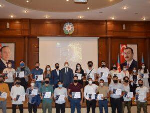 """Nərimanov rayonunda """"Studentvisions – 2021"""" mahnı müsabiqəsinin qalibləri mükafatlandırıldı – FOTOLAR"""
