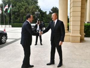 İlham Əliyev Gürcüstanın Baş naziri ilə görüşdü